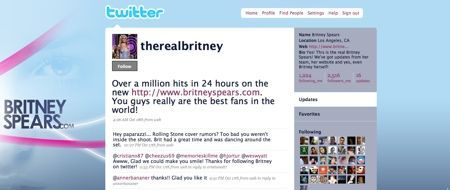 britney su twitter