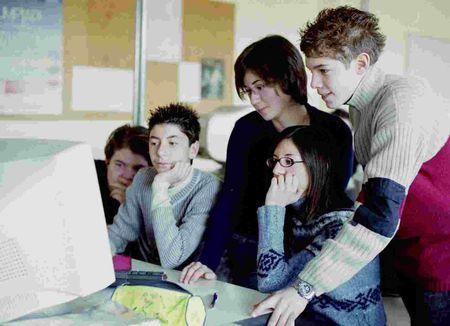 commissioni esami di maturita 2011 facebook profili professori