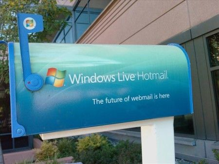 Windows Live Hotmail: Microsoft vuole un'email più interattiva