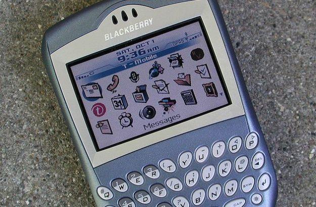 Le app di Facebook e di Twitter si aggiornano su BlackBerry
