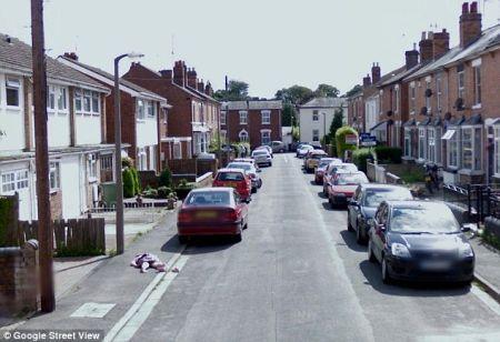 Google Street View fotografa cadavere di una bambina
