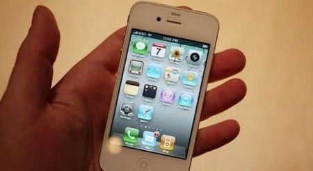 Apple iPhone 4 bianco in arrivo in primavera