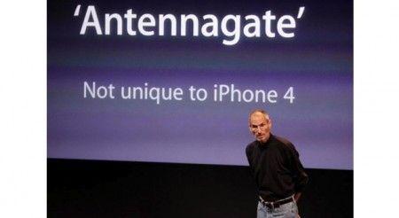 Tech Fails 2010: secondo CNN vince antennagate di iPhone 4