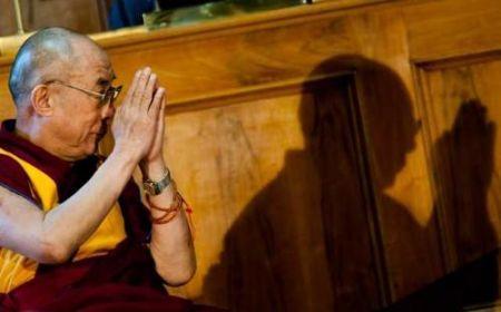 Dalai lama e la sua ombra
