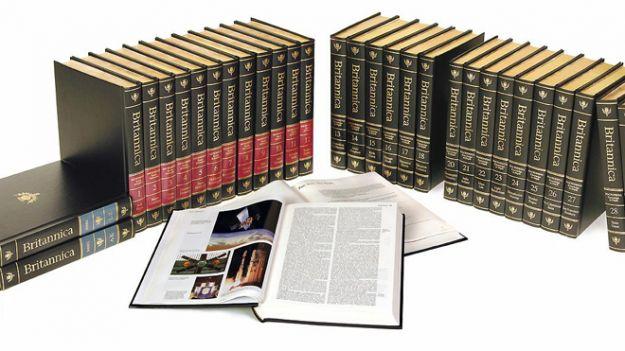 Enciclopedia Britannica solo online, tutta colpa di Wikipedia?