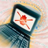 Internet: filtro colpisce i politici francesi