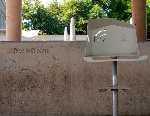 4sqwifi, applicazione iPhone per la geolocalizzazione delle reti WiFi