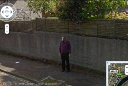 Google Street View incontra l'uomo cavallo
