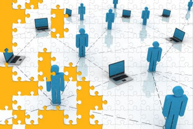 Gruppi su Facebook, in arrivo il file sharing sul social network