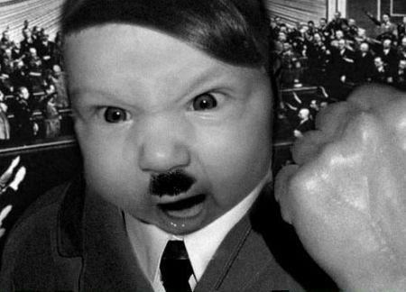 Adolf Hitler iPhone iHitler