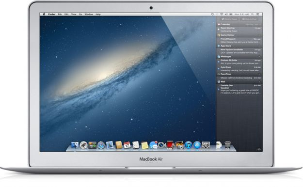 OS X Mountain Lion 10.8.2 è disponibile, finalmente arriva Facebook