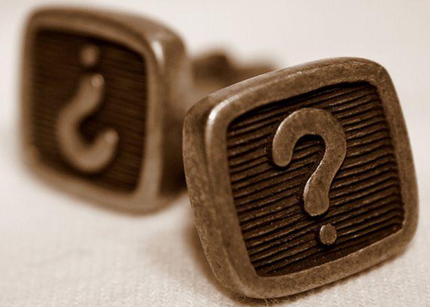 Sondaggi su Facebook: il social network elimina la funzione Questions