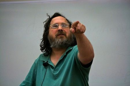 Secondo Richar Stallman, Apple è l'impero del male