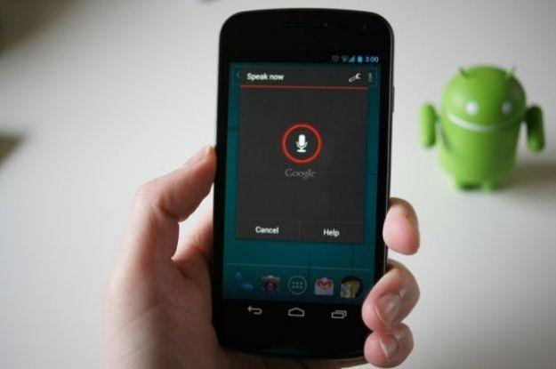 Siri tra le applicazioni Android: è un fake e Google la rimuove