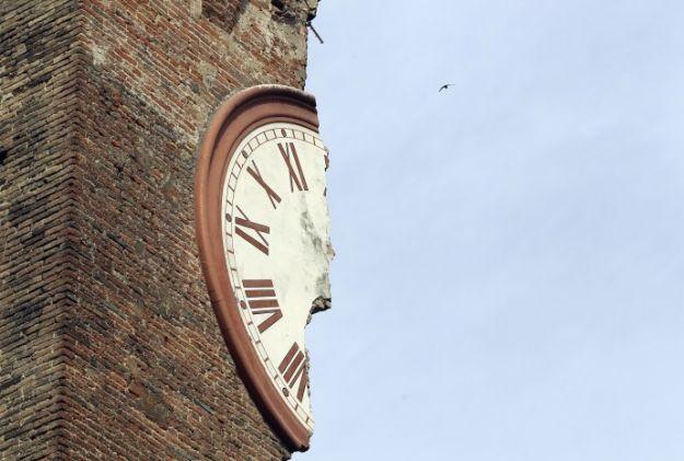 Terremoto in Emilia, i tweet in diretta e cosa fare durante il terremoto