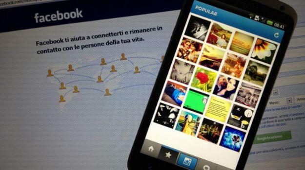 Timeline di Facebook, personalizzare la copertina con le foto di Instagram