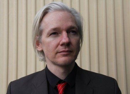 twitter julian assange wikileaks
