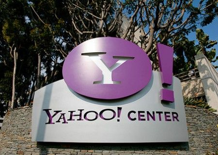 Yahoo e Streaming: basta link ai film pirata