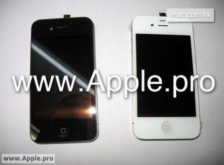 iPhone 4G in versione nera e in versione bianca