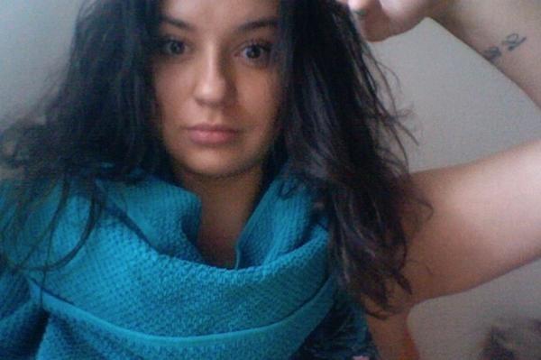 Towel Day con asciugamano blu