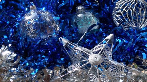 Decorazioni blu e argentate