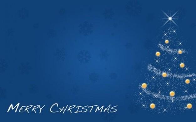 Albero di Natale con palline gialle