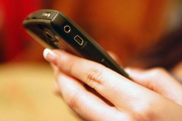 Come inviare sms dal pc al cellulare gratis