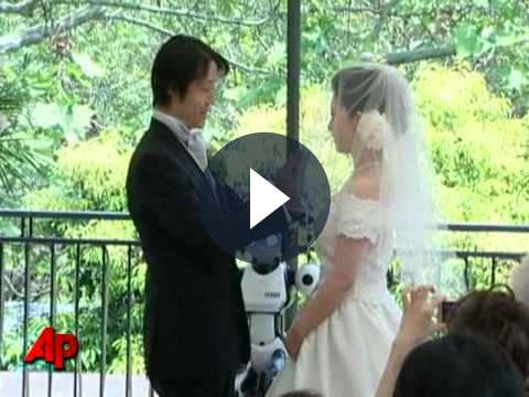 Giappone: matrimonio celebrato da un robot